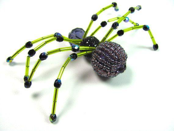 Hey, diesen tollen Etsy-Artikel fand ich bei https://www.etsy.com/de/listing/245694421/handgemachte-halloween-perlen-spider