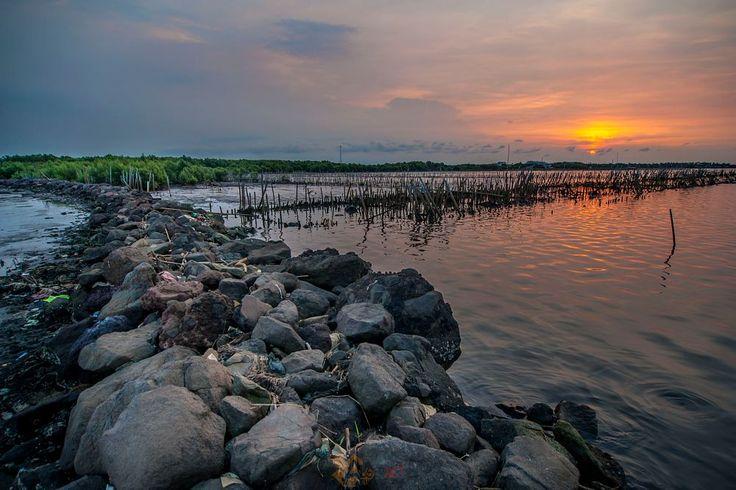 tanjung kait Sunset by Anggit Priyandani