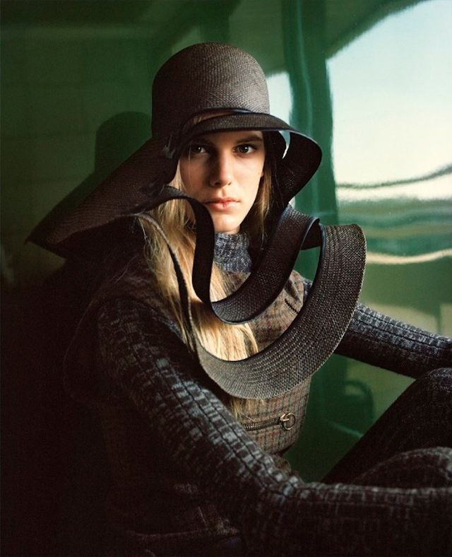 Легендарный Пьер Карден: Эмма Уолдо для System Magazine #4
