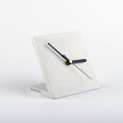 Zegar+biurkowy+-+śnieżnobiały // Projekt+B25