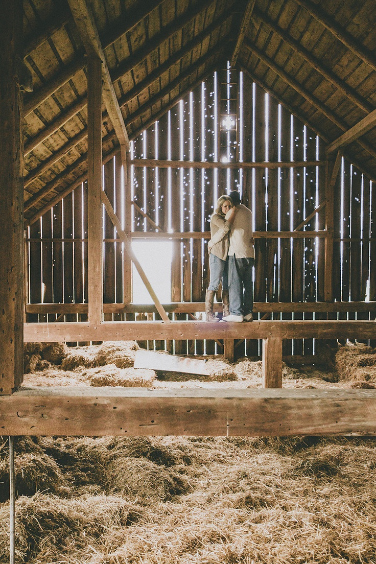 This is cool! Barn engagement photo session!