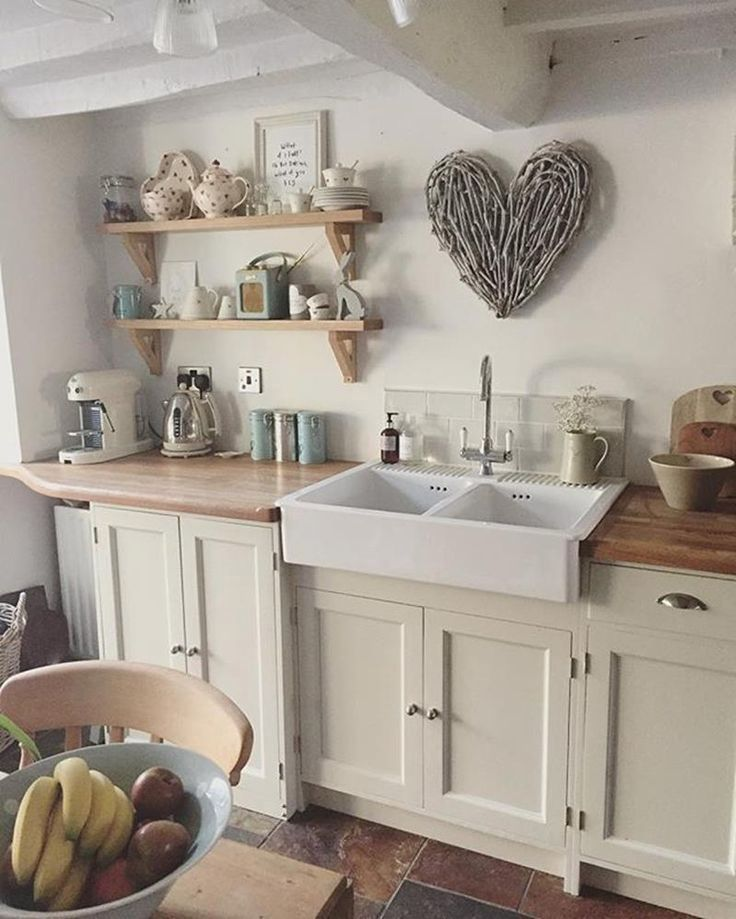 44 Stunning Small Cottage Kitchens Decorating Ideas 10 Easy Rustic Kitchen Plans To Consider Cottage Kitchen Decor Small Cottage Kitchen Cottage Kitchen Design