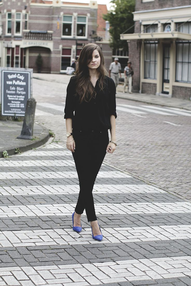 Total black look emza fashion blog