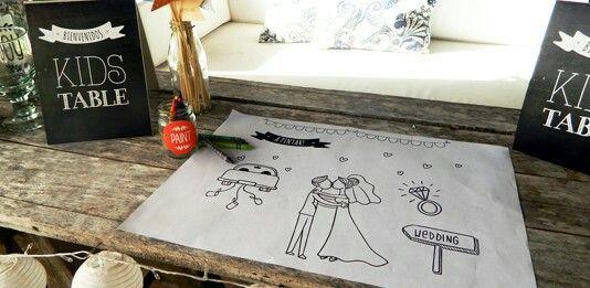 Individuales para pintar!! #carteles #guirnaldas #kids INTHESKY.COM.AR