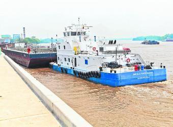 El proyecto localizado en Barrancabermeja (Santander), junto al río Magdalena, operará en su totalidad en el segundo trimestre del 2016. También moverá carga en general.