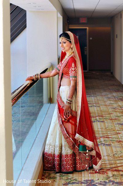 Here's Janki, a young bride, looking ravishing in a red and gold #AnitaDongre #lehenga and choli. @janki47 #WeddingAlbums #brides #pheras #gotapatti  Courtesy: @maharaniweddings
