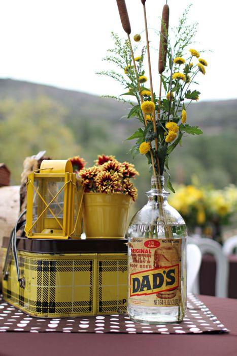 picnic table: Wedding Idea, Ideas, Vintage Picnic, Rustic Decor, Picnics, Picnic Time, Yellow, Dads