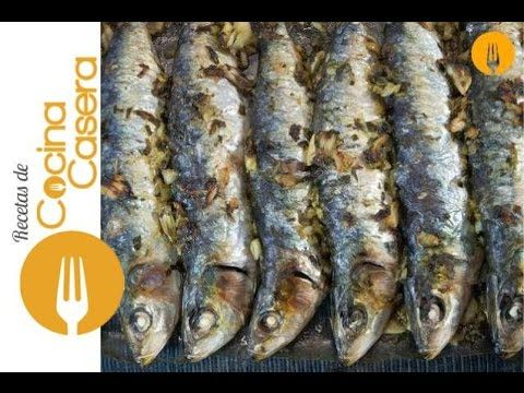 Sardinas al horno - YouTube