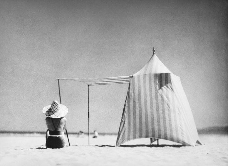 Jacques Henri Lartigue, Coco Hendaya, 1934