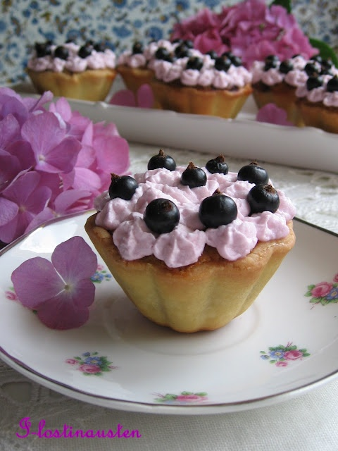Blackcurrant , Almond Cream Tart with Violet & White Chocolate Cream Frosting