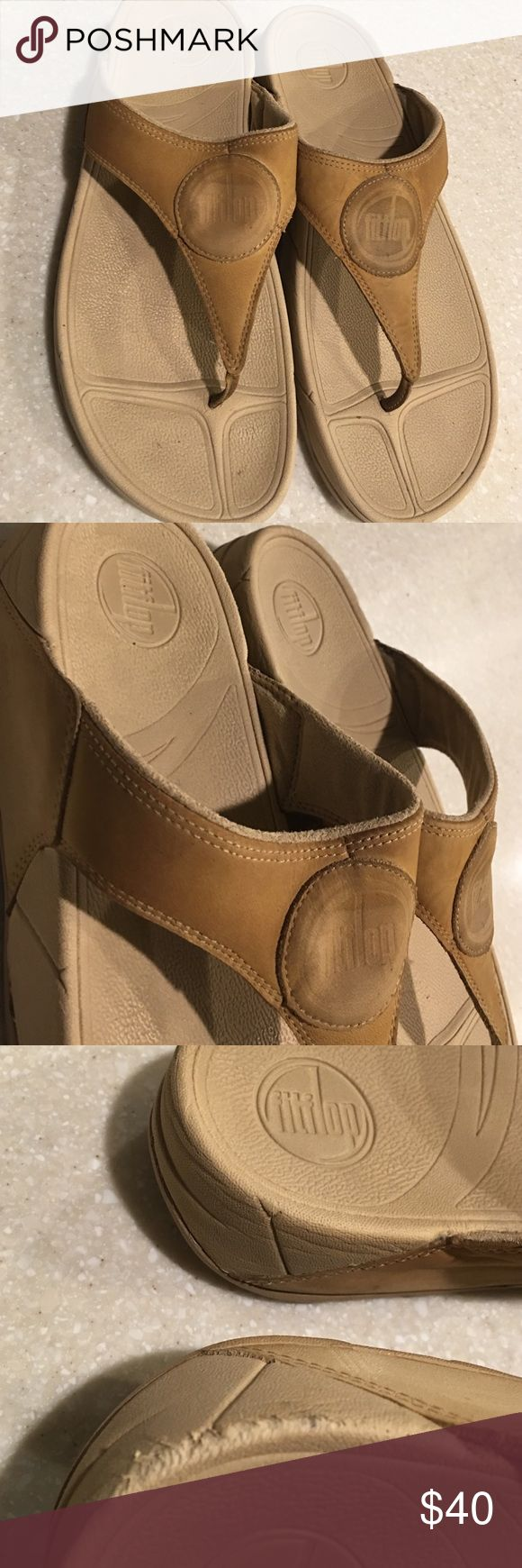 Fitflop beige slipper size 10 Has some used with some minor dirt and scuff noted. Fitflop Shoes Slippers
