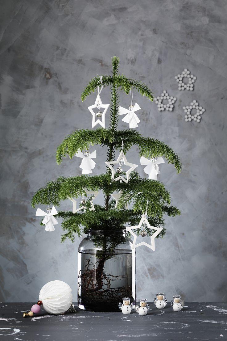 Crisp & white DIY kit www.pandurohobby.com Christmas Decor by Panduro #christmas #decoration #DIY #ornaments #tree #rumsgran #julpynt #änglar #jul #stjärnor #Scandinavian
