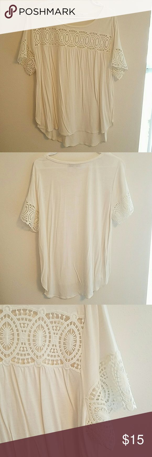 Loft crochet tee Only worn once! In perfect condition. White tee with crochet detailing on front and sleeves. Perfect for work or play! LOFT Tops Tees - Short Sleeve