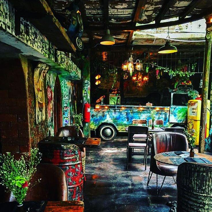 【La Favela Bali】