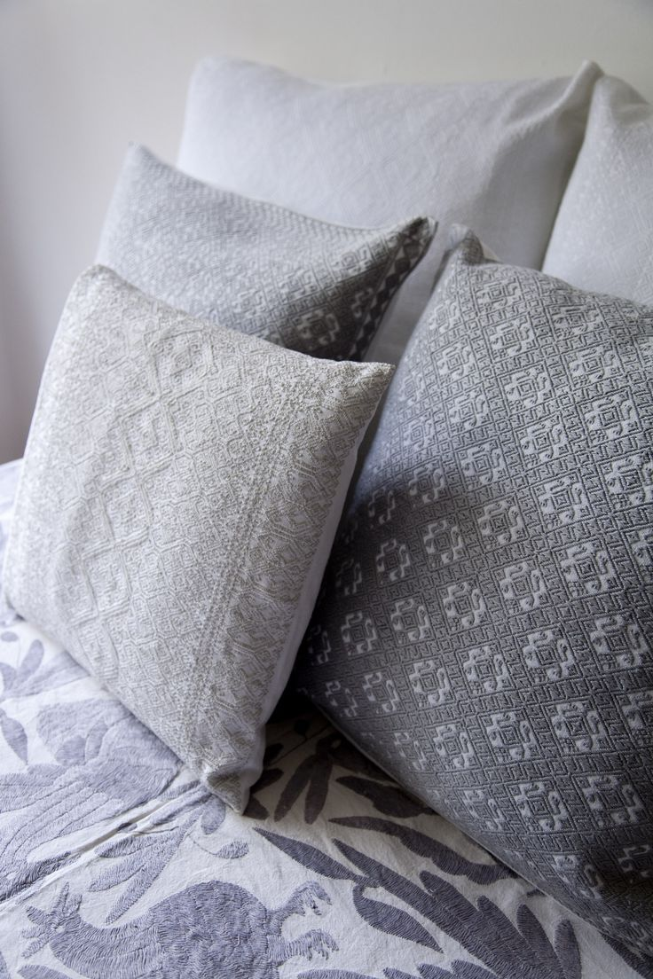 Arts and crafts style bedding - Find This Pin And More On Mexican Art Crafts
