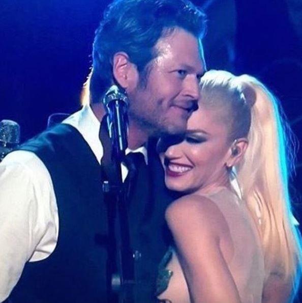 Dueto de Gwen Stefani e Blake Shelton no The Voice é a grande fofura do dia