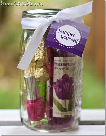 Pamper Yourself ~ Gifts in a Jar! {such a fun mason jar gift idea!} #spa #masonjars