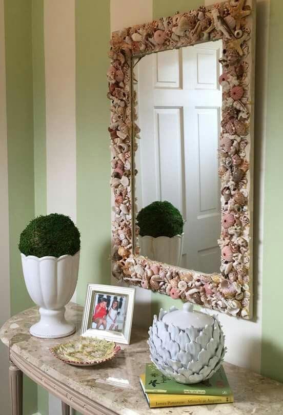 Espelho de conchas decorativas