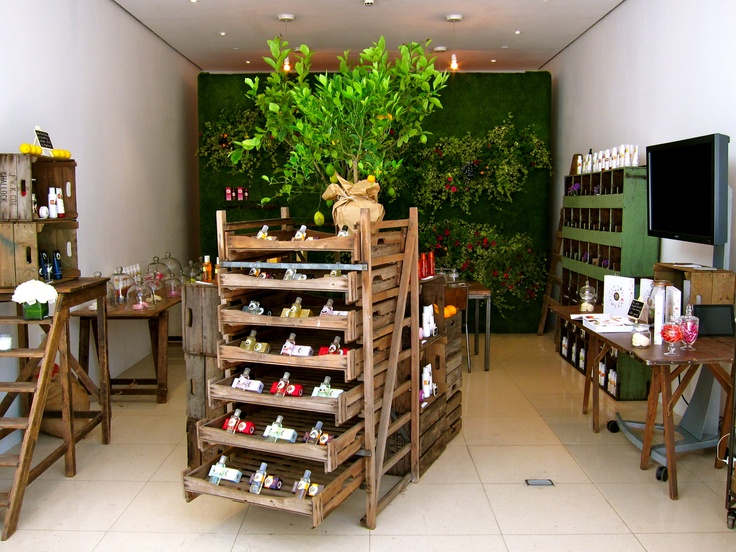 Roger & Gallet pop up shop which we created from scratch