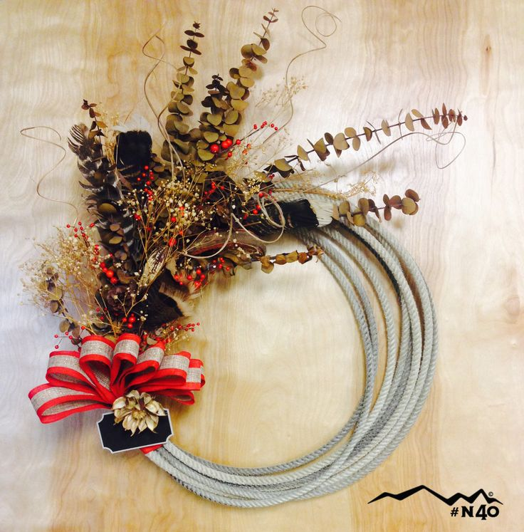 Crafty rope wreath made with rope from North 40 Outfitters.
