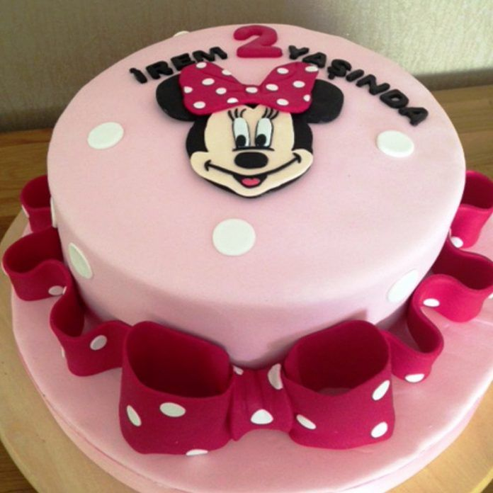 Minnie Mouse Pasta Modelleri ve Yapılışları