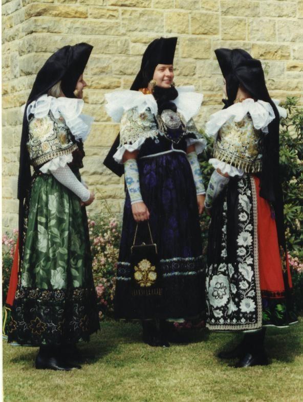 Trachten aus Schaumburg, Kirchspiel Lindhorst Germany, (in Lower Saxony)