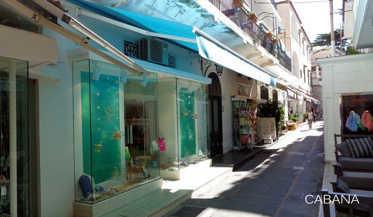 esterno negozio / outside store