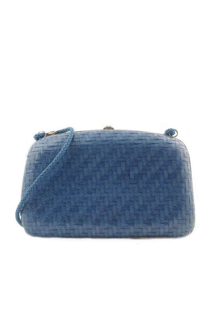 Sac minaudière bleu turquin  sac rétro chez Be Bop & Lula Boutique de vêtements vintage en ligne Livraison gratuite à partir de 75€ Showroom à Lille au 23 rue Jacquemars Giélée, métro République.
