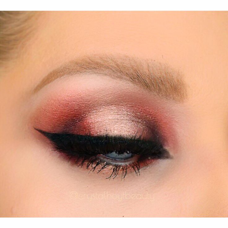 """Exotic Red Halo Eyeshadow Look   Sexy Valentines Day Red Makeup Look   Dramatic Eye Look   Arab Inspired Eye Makeup   Too Faced x Kat Von D """"Better Together"""" Palette Tutorial   @crystalhoytbeauty on Instagram"""