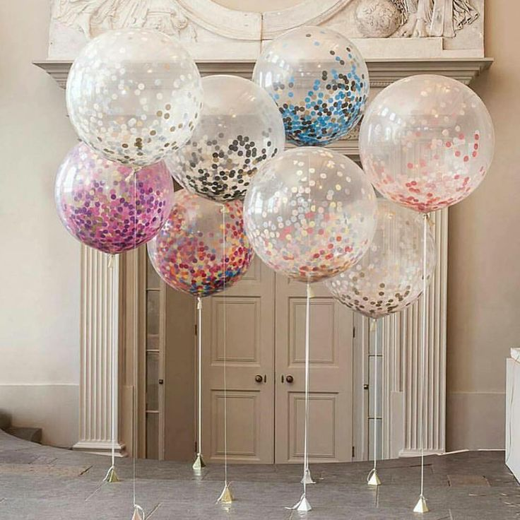 In love with these #jumbo #confettiballoons #diamondclear - all confetti colours…