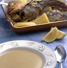 Κακαβιά καραβίσια.Αχνιστή, πλούσια και πηχτή σούπα με συμπυκνωμένη γεύση ψαριού