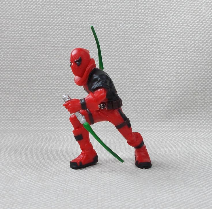 Deadpool - X-Men - Red - Mini Figure - 2.5  - Marvel - Hasbro 2013