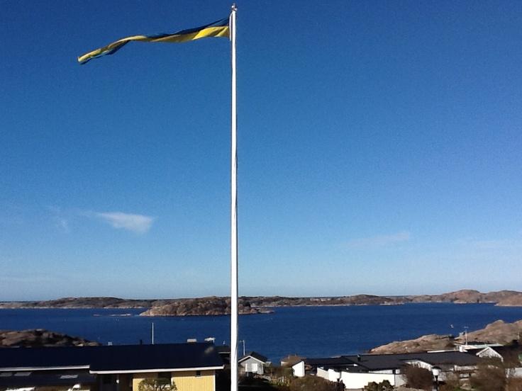 Kolleröd backe norr om Lysekil, utsikt mot Stora Kornö sommaren 2012.