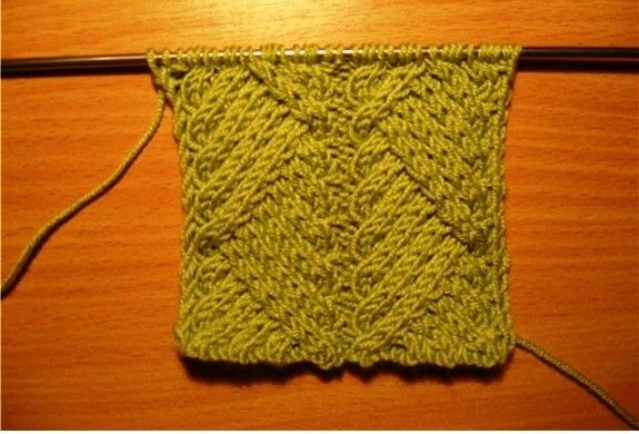 Free Pattern: knitting cable for scraf and sweater