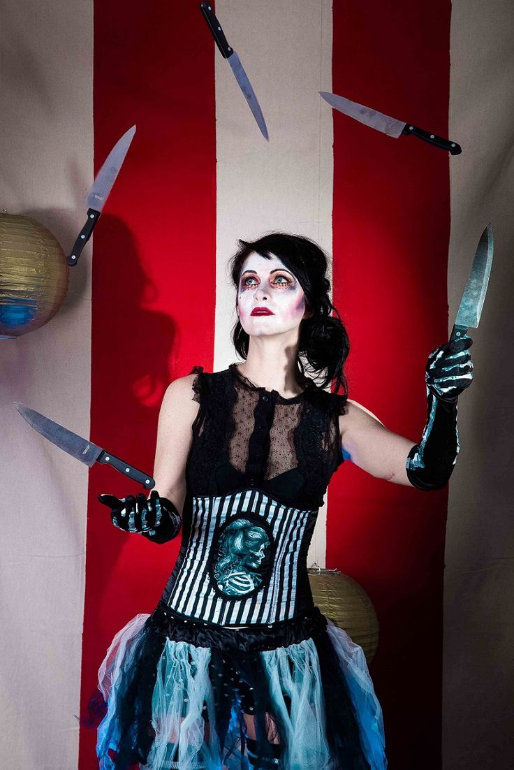 night circus juggler