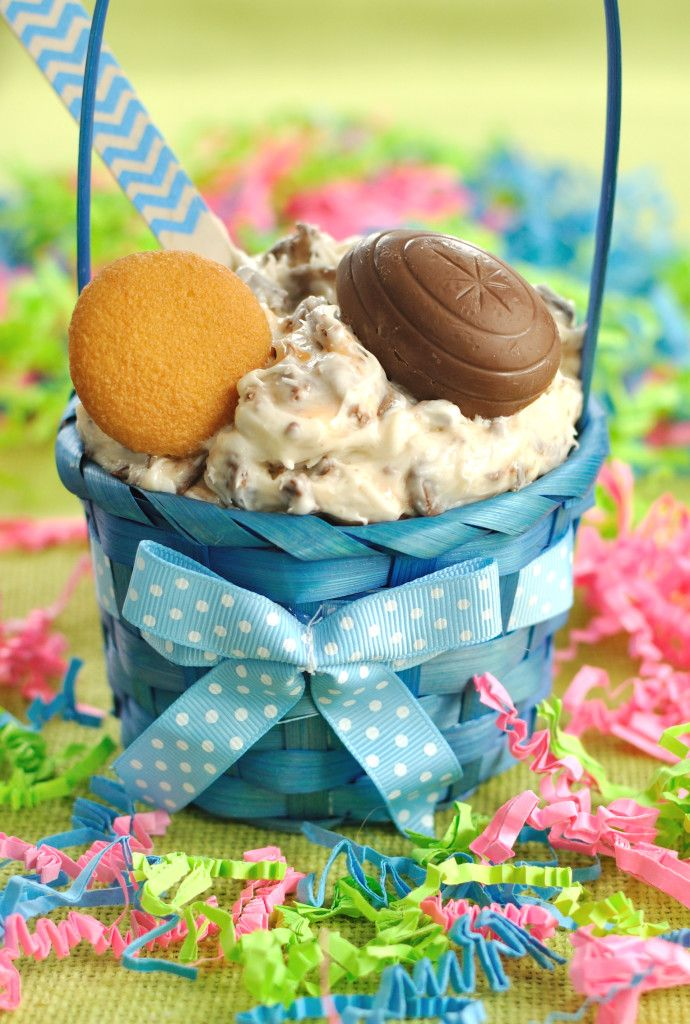 5 ingredient dessert dip recipe for Easter made with Cadbury Creme Eggs. This Cadbury Creme Egg Dip will be a hit at your Easter party or gathering.