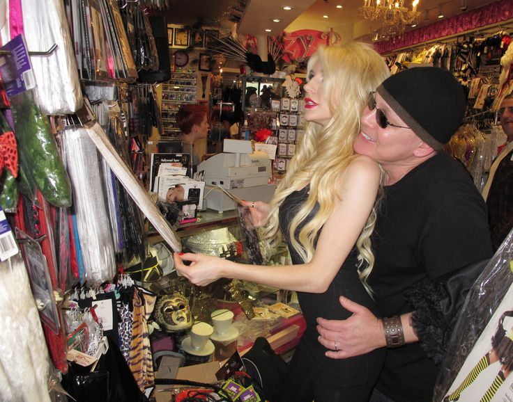 Image result for courtney stodden and doug hutchison halloween