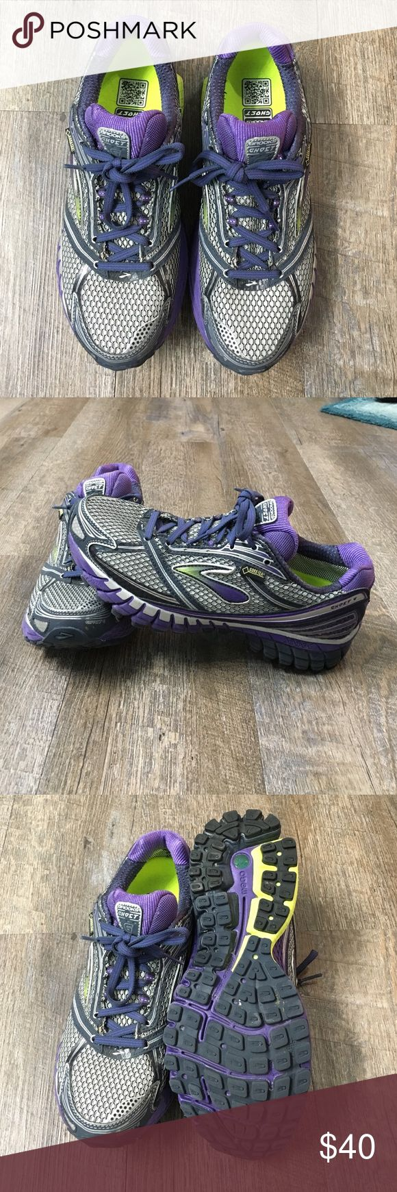 brooks ghost 6 gtx neutral running shoe womens size 8.5 brooks ghost 6 gtx neutral running shoe. water resistant with goretex. midnight and violet with some yellow in color. hardly any visible wear if any Brooks Shoes Athletic Shoes