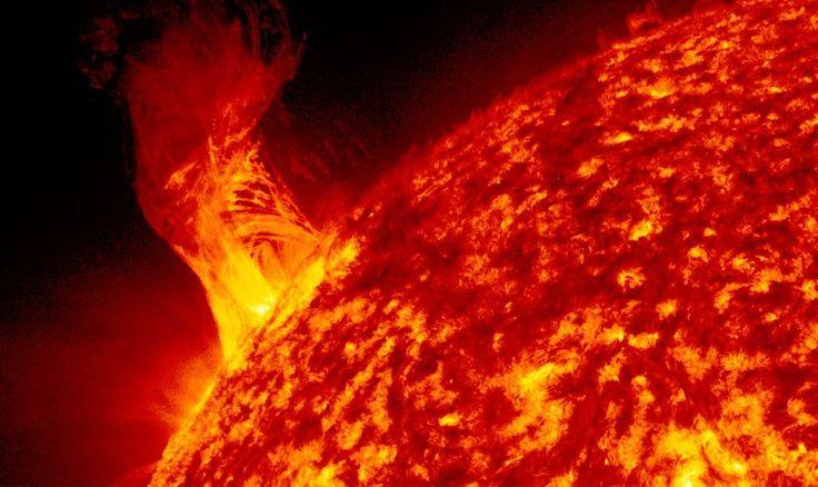 Una llamarada del Sol podría destruir a la Tierra - unocero