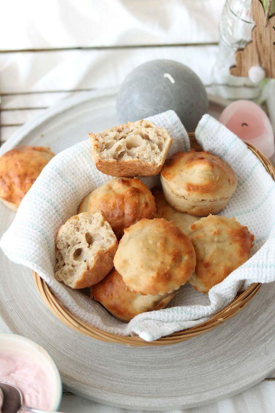 Kwarkbolletjes. Heerlijke zelfgemaakte broodjes voor het ontbijt of als snack en zo gemaakt.