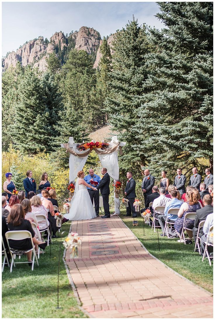 Lower Lake Ranch Wedding in Pine, Colorado in 2020   Ranch ...