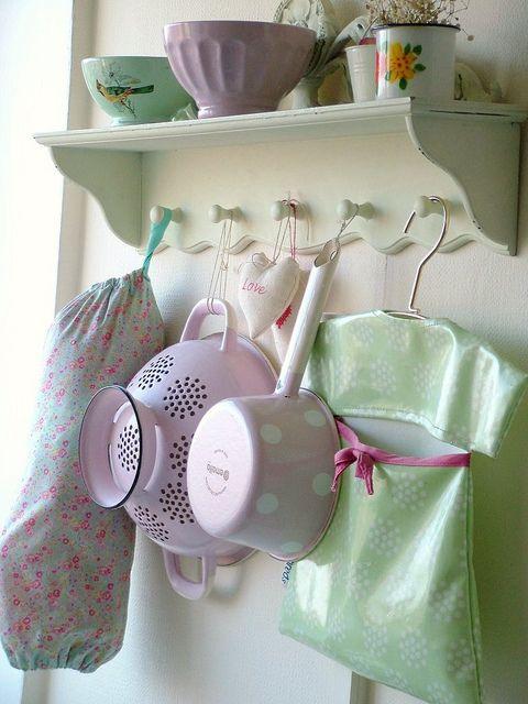 Cute kitchen shelf