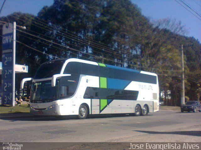 Ônibus da empresa UTIL - União Transporte Interestadual de Luxo, carro 11511, carroceria Comil Campione DD, chassi Scania K400IB 6x2. Foto na cidade de Juiz de Fora-MG por Jose Evangelista Alves, publicada em 27/09/2016 07:46:01.
