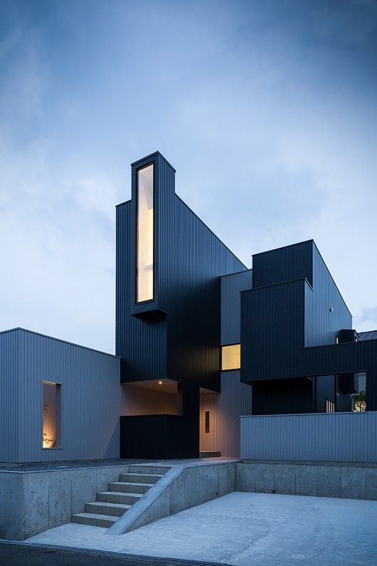 Scape House / FORM by Kouichi Kimura Architects via ArchDaily. Good use of windows for specific lighting.