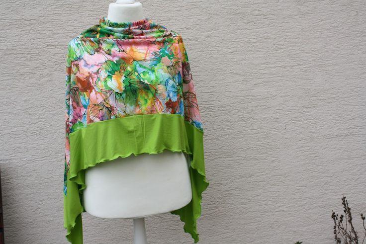 Capes & Ponchos - Sommerponcho Umhang Cape grün Jersey Blume Bluse  - ein Designerstück von trixies-zauberhafte-Welten bei DaWanda