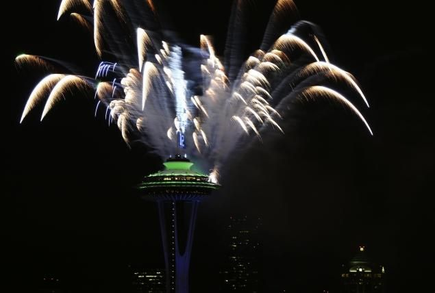 #fireworks - Seattle residents celebrate Seahawks' Super Bowl XLVIII win with fireworks and bonfires.