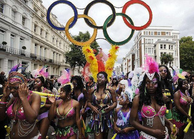 carnaval-de-Notting-Hill-2011-1-   Flickr: partage de photos!
