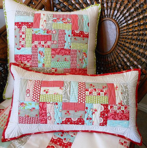 Love these quilted pillows!
