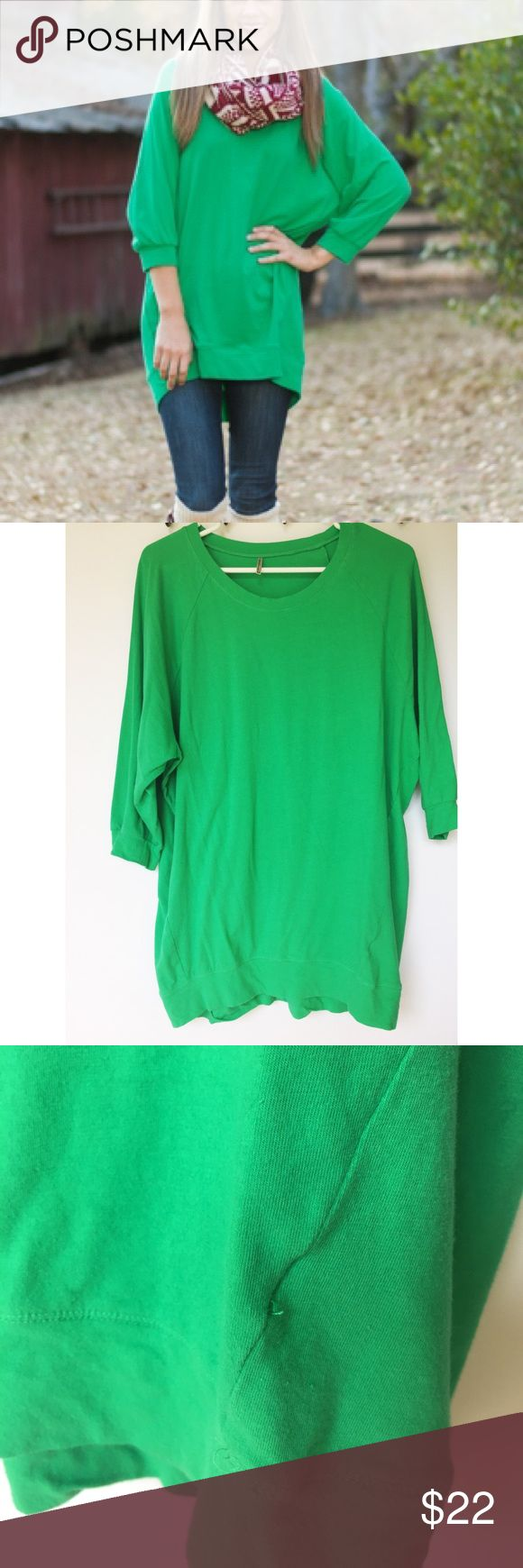 Green tunic Cute green tunic from Mint Julep. Brand is tresics. There is a small stain on the front which is considered in the price. Light fraying of some threads. Runs a little loose Tresics Tops Tunics