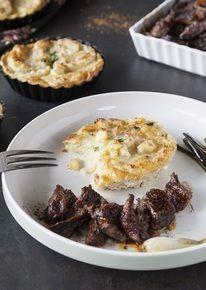 Stoofvlees met aardappelgratin en gekonfijte bosui
